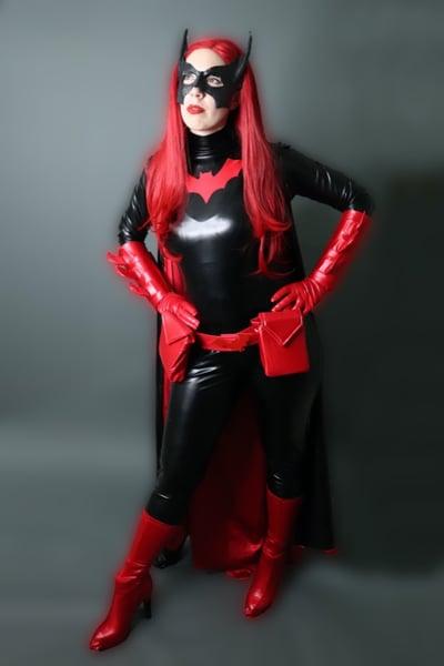 Batwoman cosplay costume