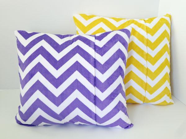 022-Easiest--Chevron-Pillow