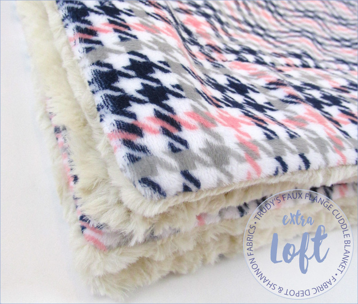 Cuddle-Blanket-Trudy's Faux Flange BLanket