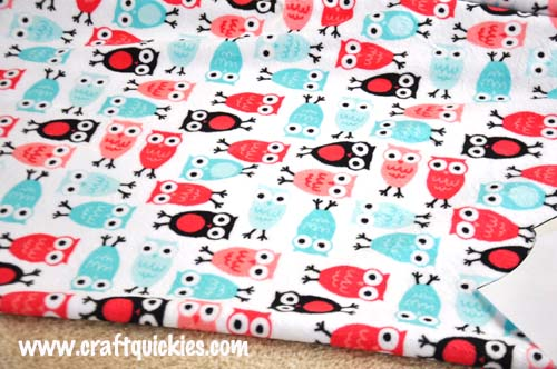 Free baby sleep sack pattern - simple to make with cuddle fabric!