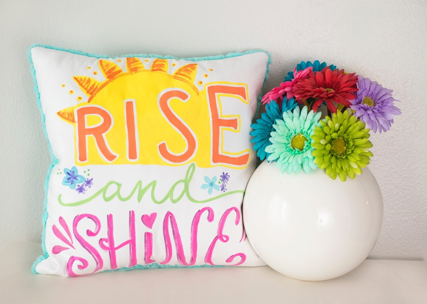 How to make a Rise and Shine Painted Pillow - Pretty Painted Pillows DIY for Spring in Cuddle® Suede and Luxe Cuddle®