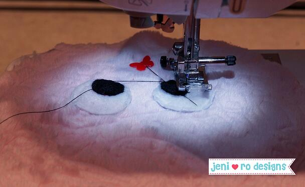 luv bug black circles sew on