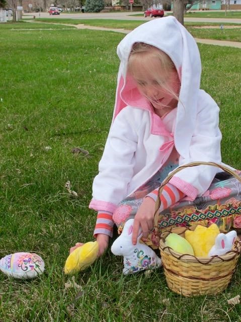 Fluffy Cuddle® Bunnies and More! In the hoop Easter Stuffies