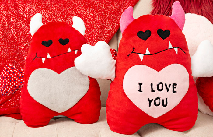 Valentine's Day gifts to sew in minky fabric