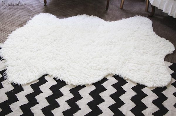Faux Fur Sheepskin Rug Tutorial