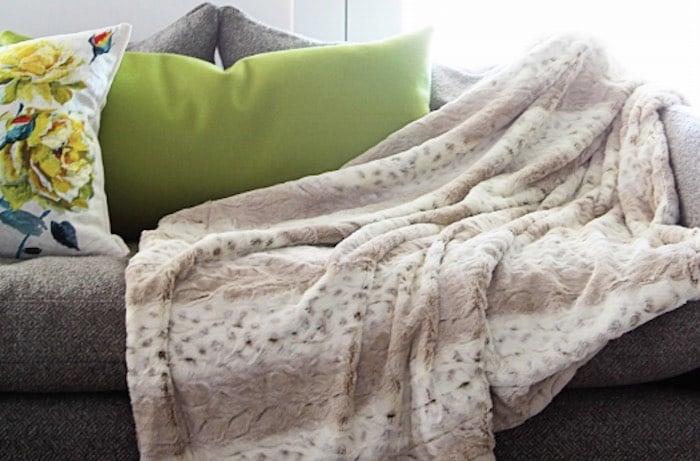 Minky Plush Fabric Throw Blanket Pattern